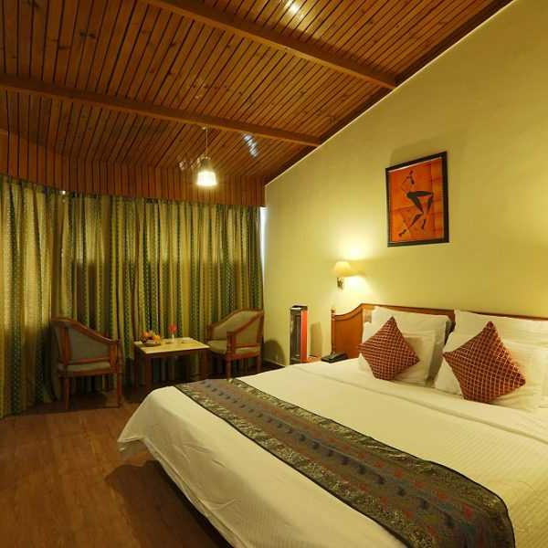 Kufri Holiday Resort Shimla Room 1