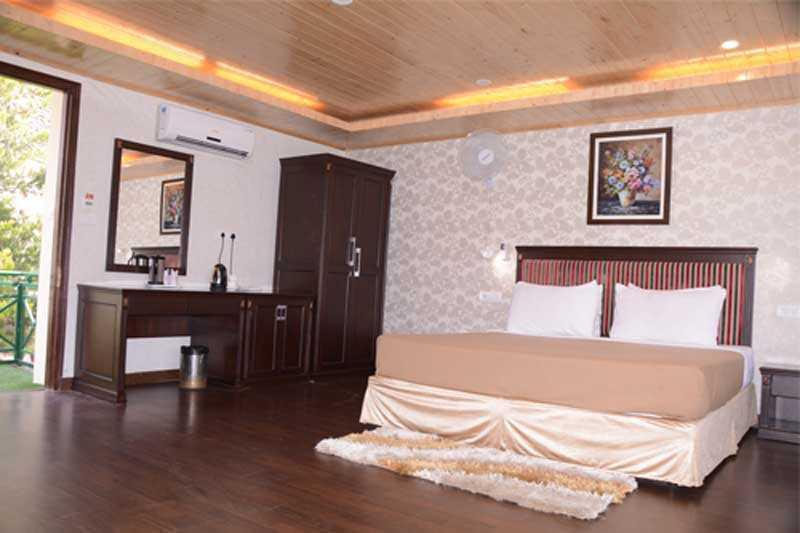 Maple Resort Shimla Executive Room