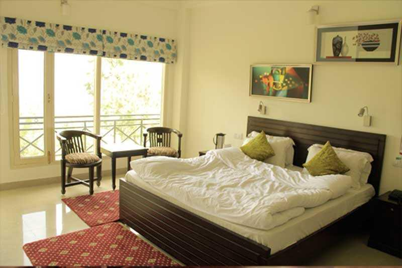 Maple Resort Shimla Super Deluxe Room
